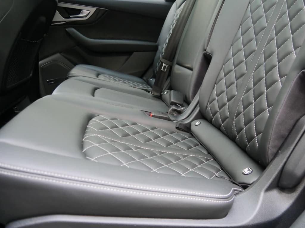 Auto stofferen - Custom autobekleding - Van Rembrandt Customs - Audi SQ7 (3)