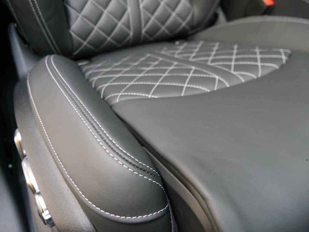 Auto stofferen - Custom autobekleding - Van Rembrandt Customs - Audi SQ7 (5)