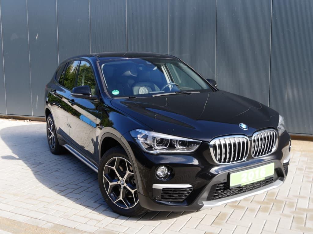 Auto stofferen - Custom autobekleding - Van Rembrandt Customs - BMW X1 (10)
