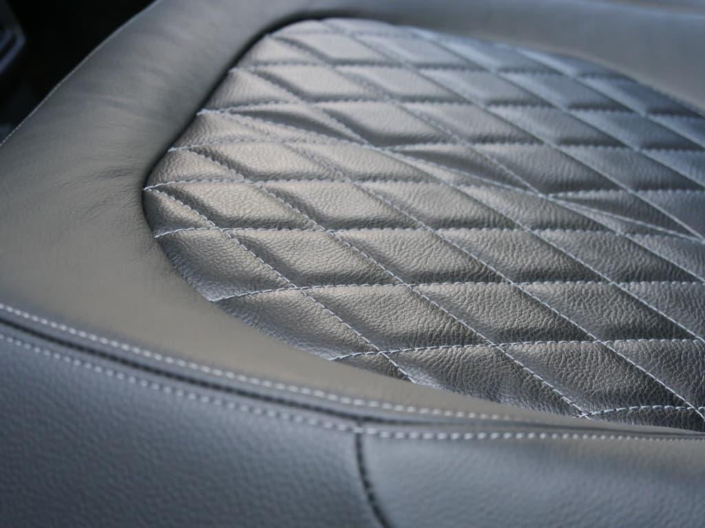 Auto stofferen - Custom autobekleding - Van Rembrandt Customs - BMW X1 (4)