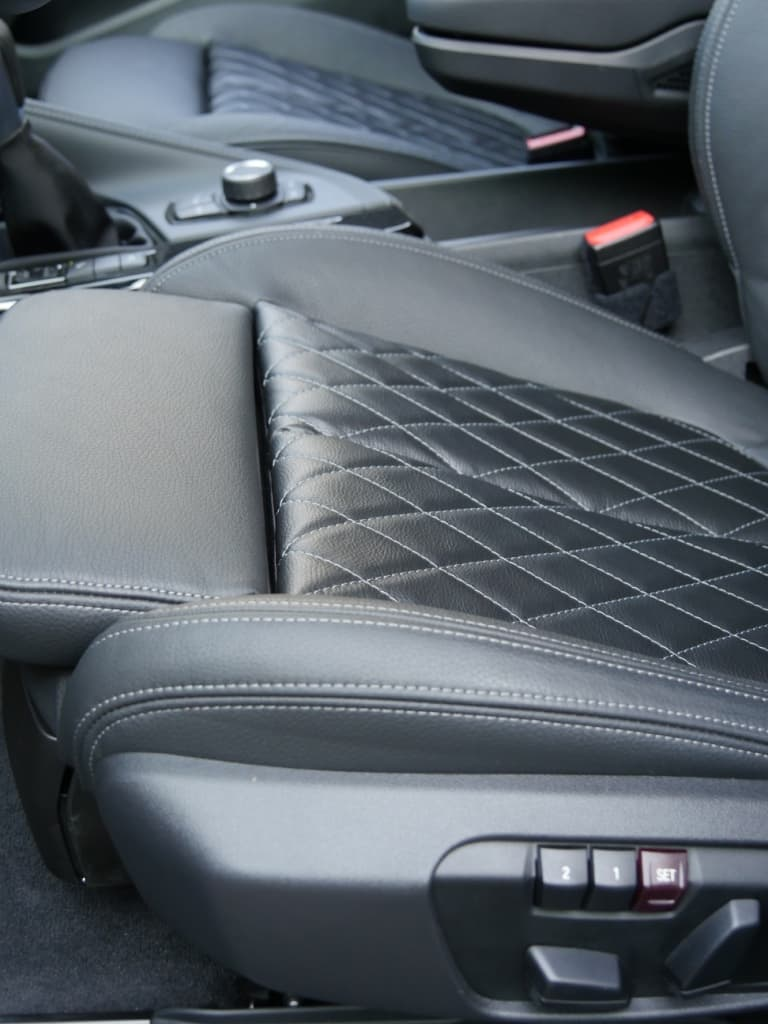 Auto stofferen - Custom autobekleding - Van Rembrandt Customs - BMW X1 (8)