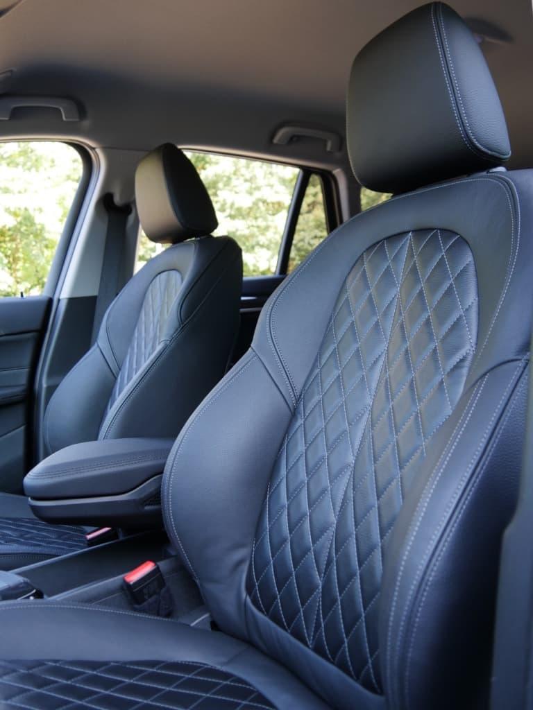 Auto stofferen - Custom autobekleding - Van Rembrandt Customs - BMW X1 (9)