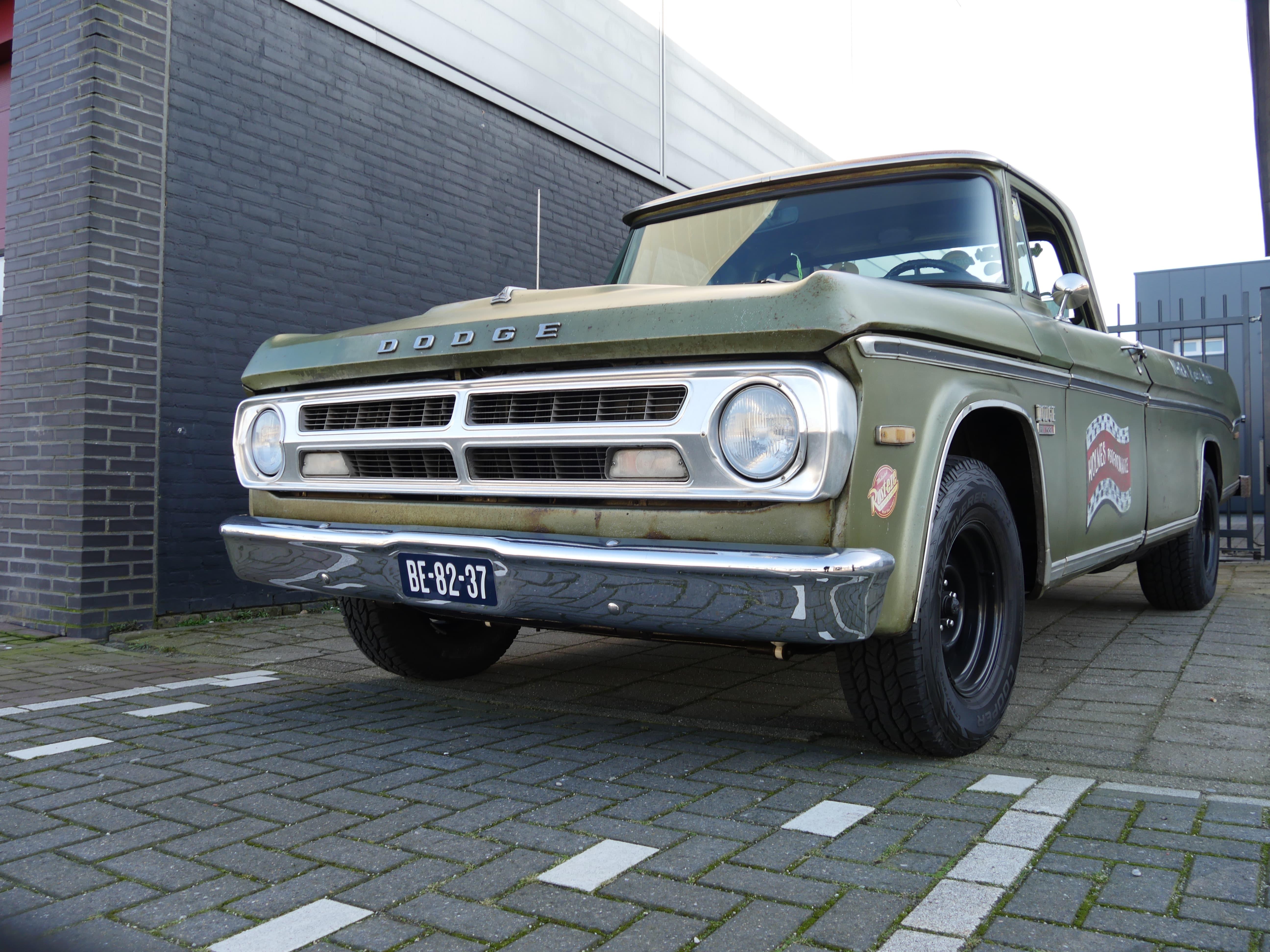 Auto stofferen - Custom autobekleding - Van Rembrandt Customs - Dodge C10 (3)